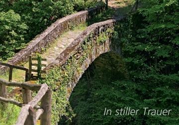 Bild von Trauer: In stiller Trauer Brücke